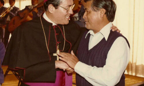 """The agricultural worker Cesar and Bishop Alfonso, the friends of the """"Yes, we can"""""""